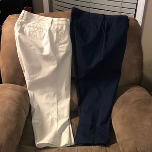 Crown & Ivy Capri Pants sz 10 (2 pair)